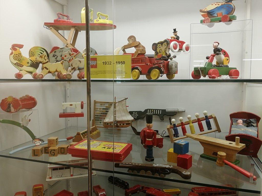 LEGiOmuseum Review - Speelgoed van vroeger