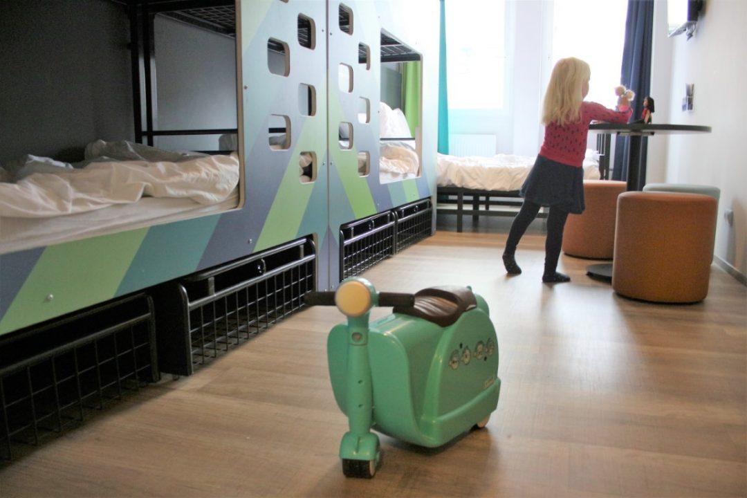 Skoot Review - Kinderkoffer en Vespa