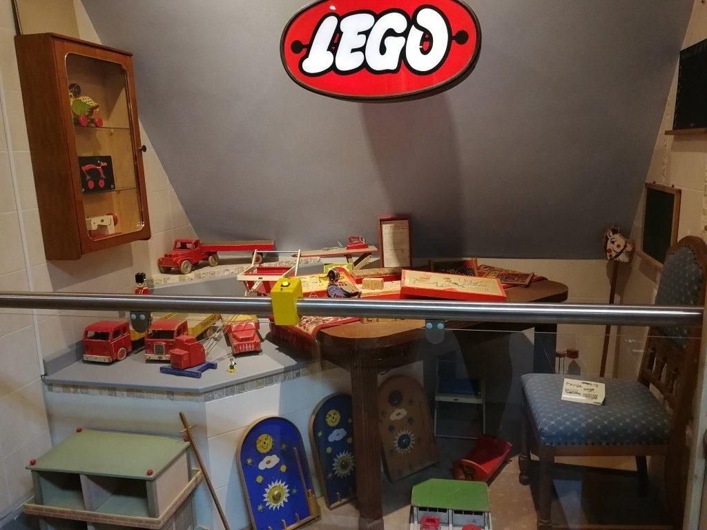 LEGO Houten Speelgoed van vroeger - Museum Mini Billund ervaringen