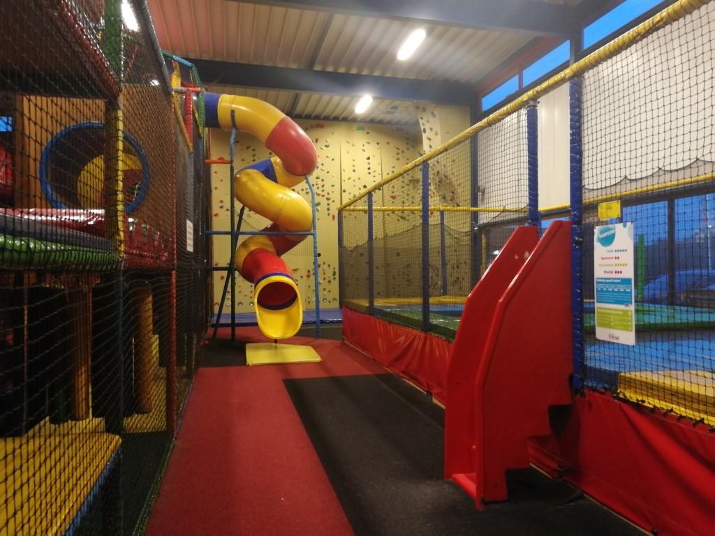 Binnenspeeltuin Indoorpeeltuin Ballorig Emmen