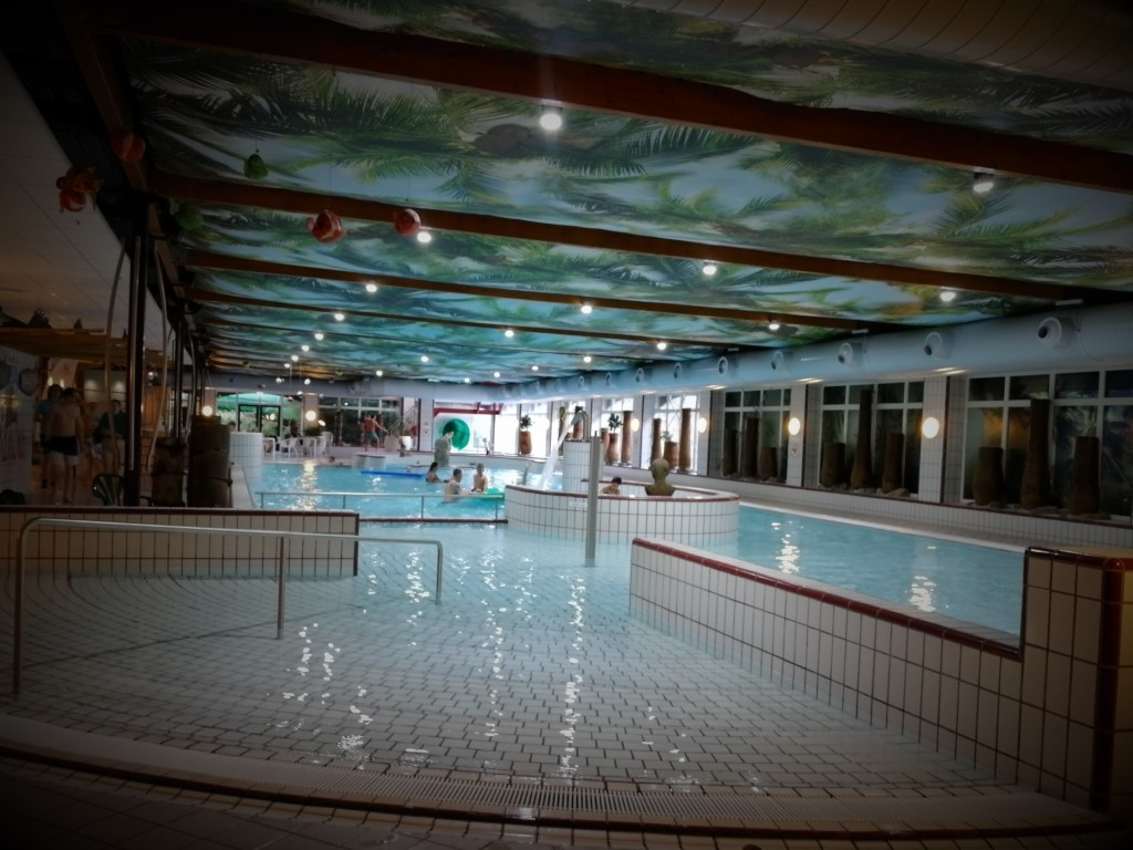 Center Parcs Parc Sandur zwembad zwemmen Emmen